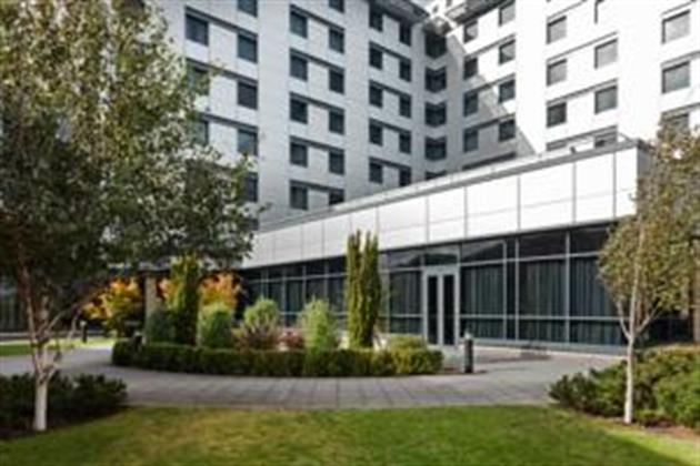 Jurys Inn Heathrow Hotel
