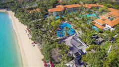 Laguna Resort & Spa