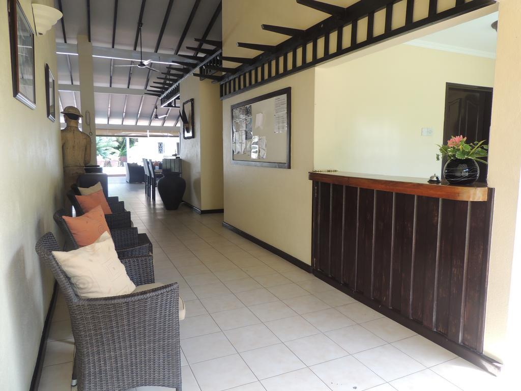 La Rousette Hotel