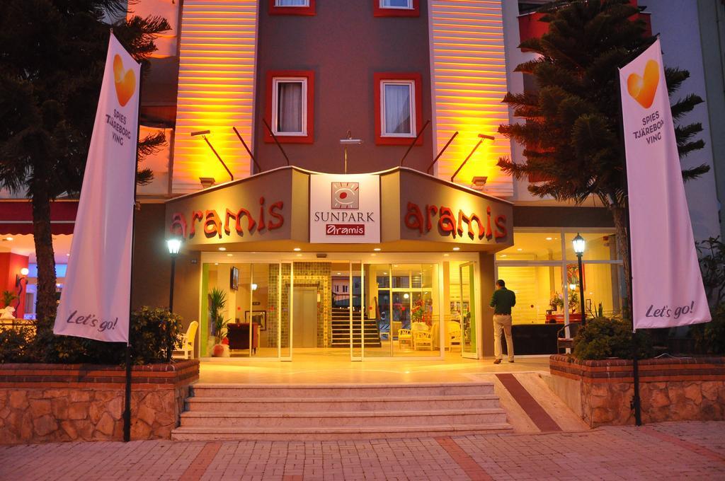 Smartline Sunpark Aramis Hotel