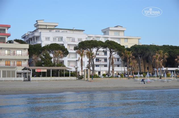Fafa Hotel