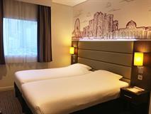 Al Majaz Hotel