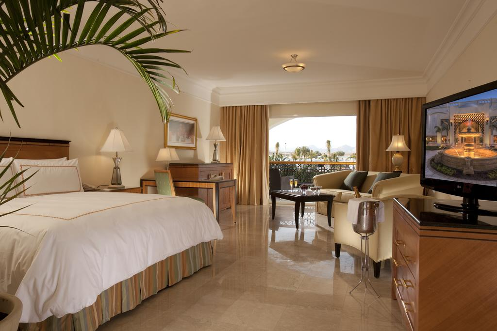 Le Royale Sonesta Collection Luxury Resort