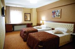 Yuksel Hotel