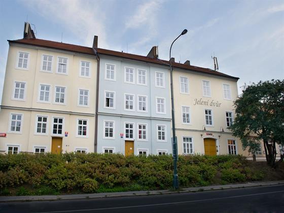 Jeleni Dvur Hotel