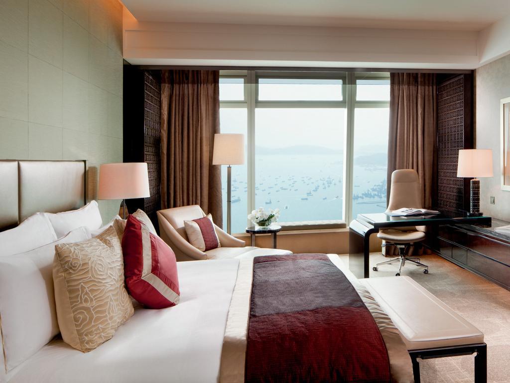 Ritz-Carlton Hong Kong
