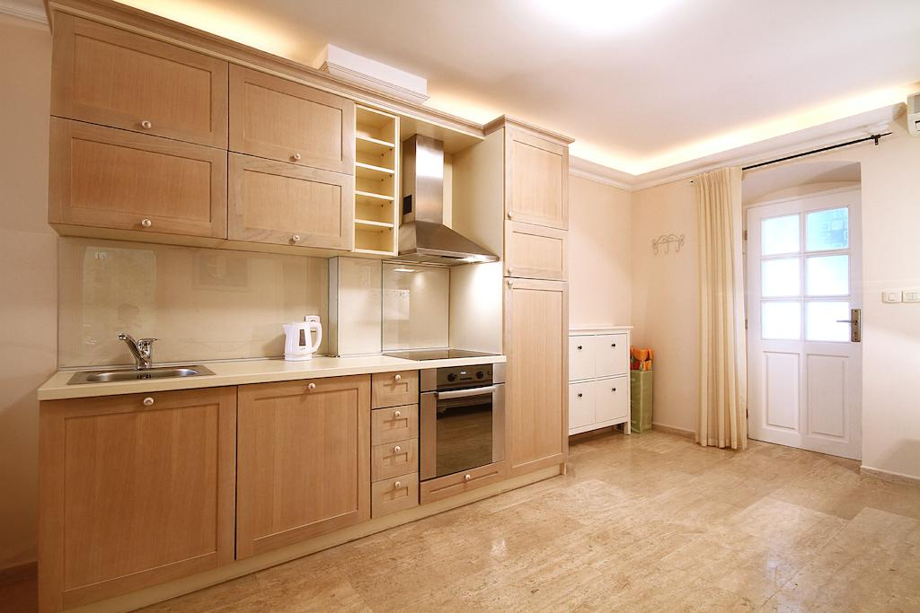 Lux Apartments Petrovac