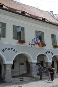 Flying Time Hostel