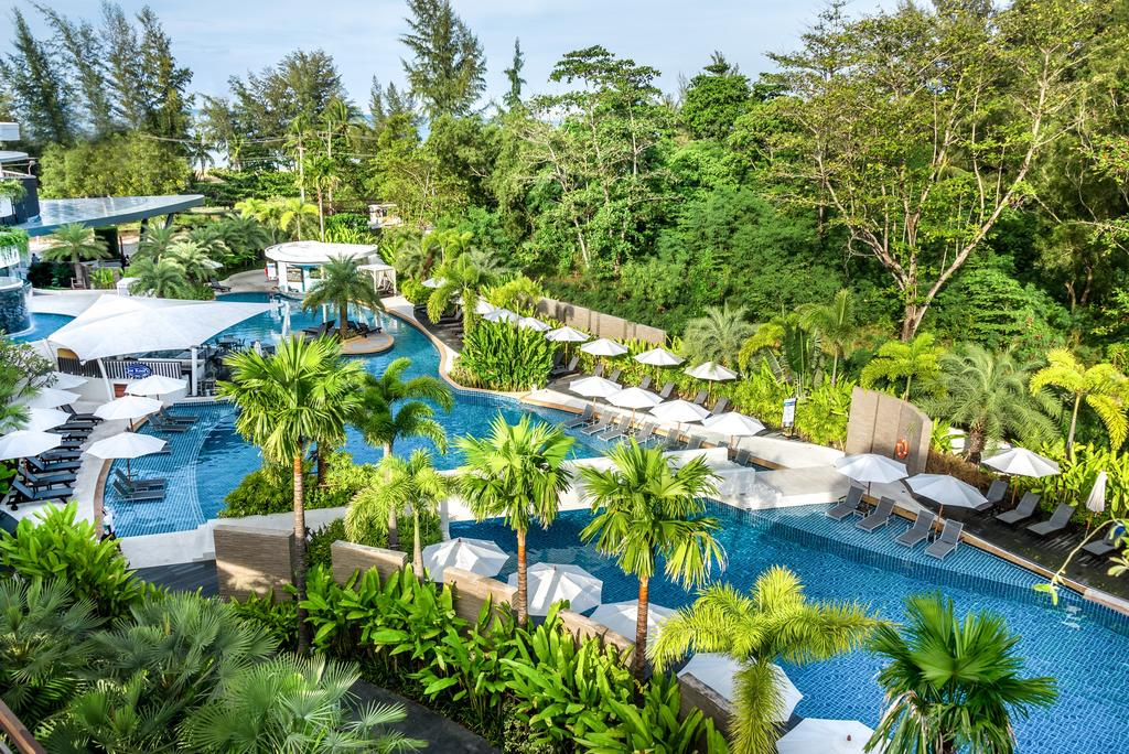 Novotel Karon Beach Resort & Spa