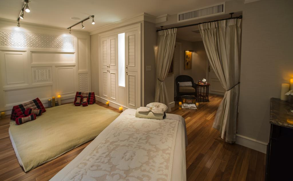 Hotel Plaza Athenee, New York