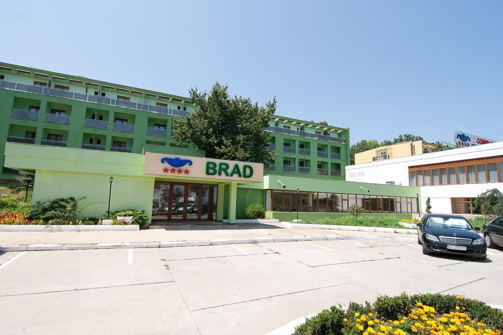 Complex Bran-Brad-Bega