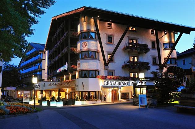 Alpenhotel Fall In Love