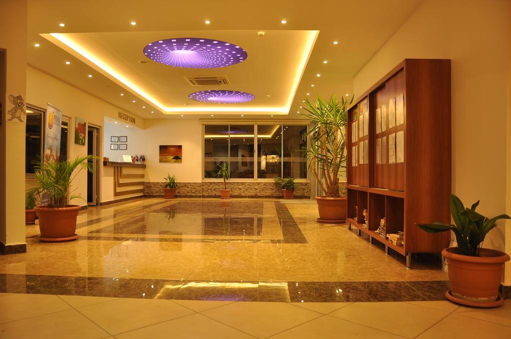 Grand Atilla Hotel