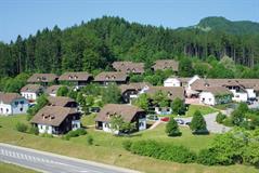 Village Lipa