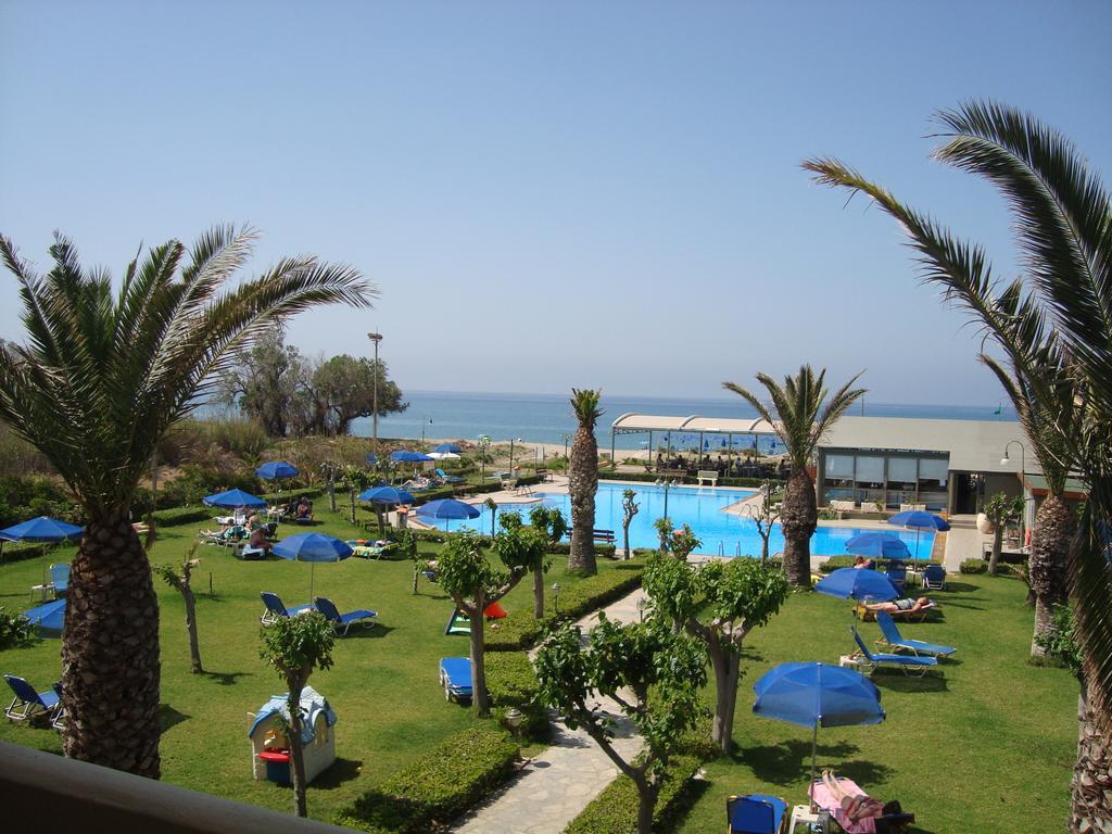 Marinos Beach Hotel