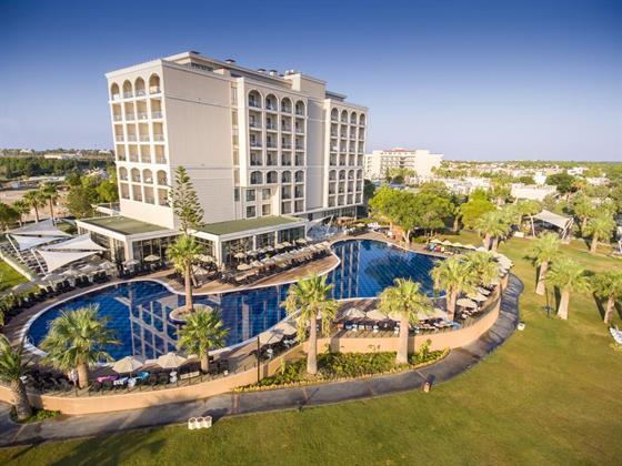 The Roxy Luxury Moon (Ex.Aurum Moon Resort)