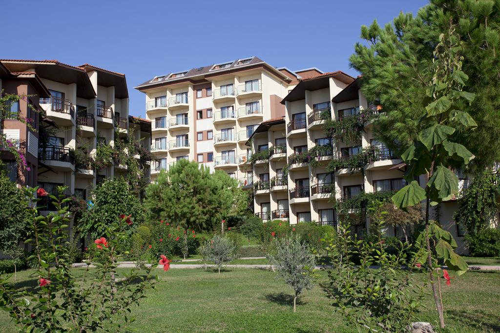 Justiniano Park Conti