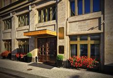 Clement Hotel