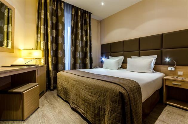 Riviera Hotel Paris