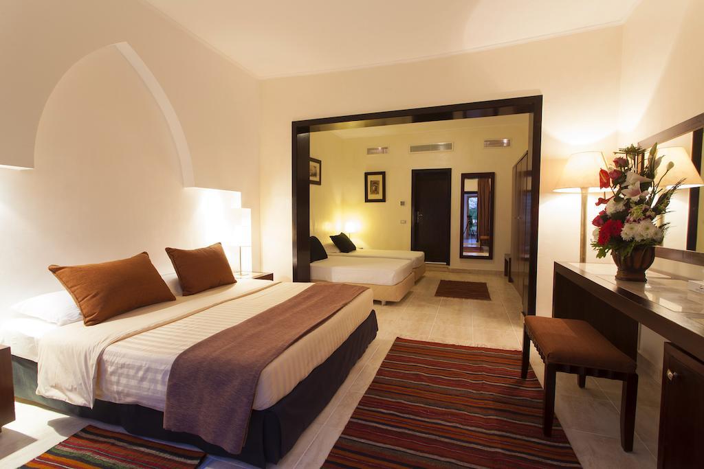 Sharm Club