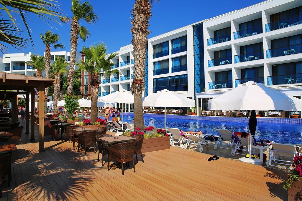 Delta Beach Resort